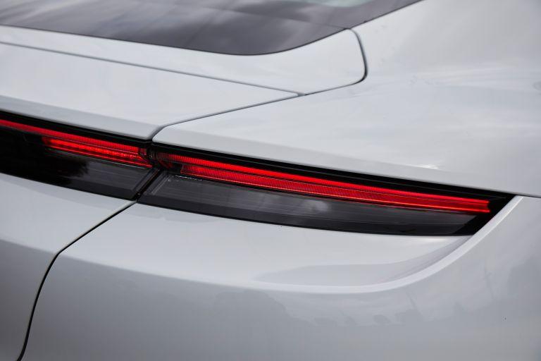 2020 Porsche Taycan turbo S 563328