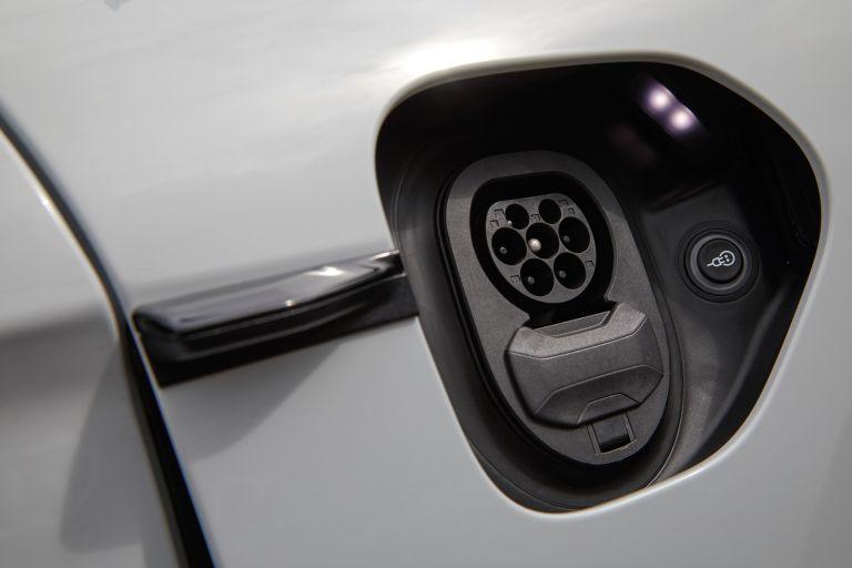2020 Porsche Taycan turbo S 563331