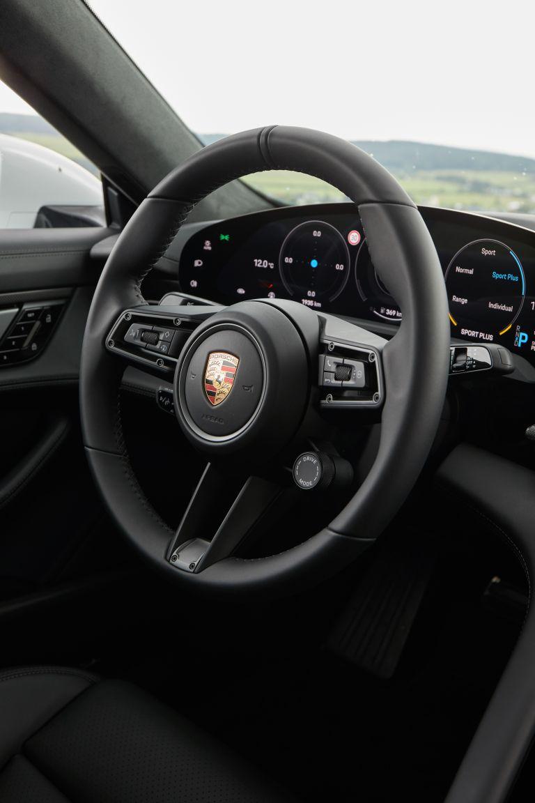 2020 Porsche Taycan turbo S 563348
