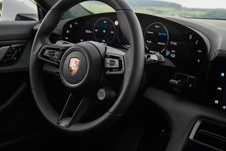 2020 Porsche Taycan turbo S 563349