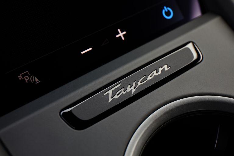2020 Porsche Taycan turbo S 563355