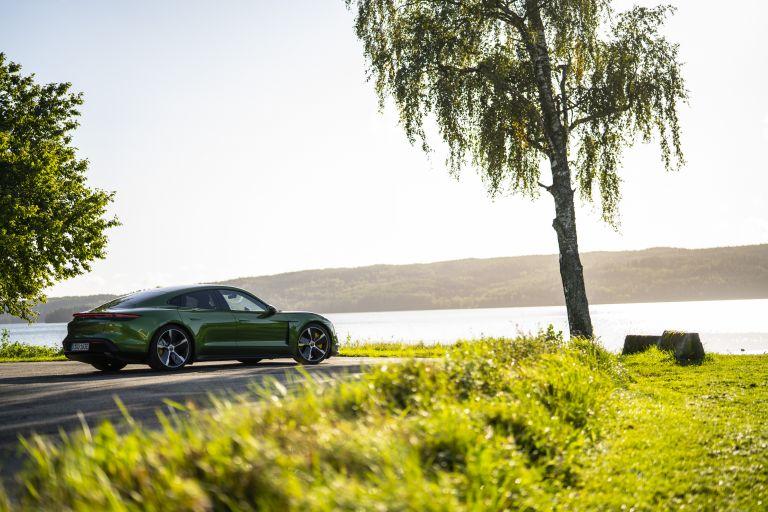 2020 Porsche Taycan turbo S 563378