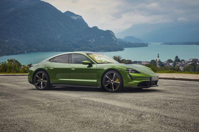 2020 Porsche Taycan turbo S 563390