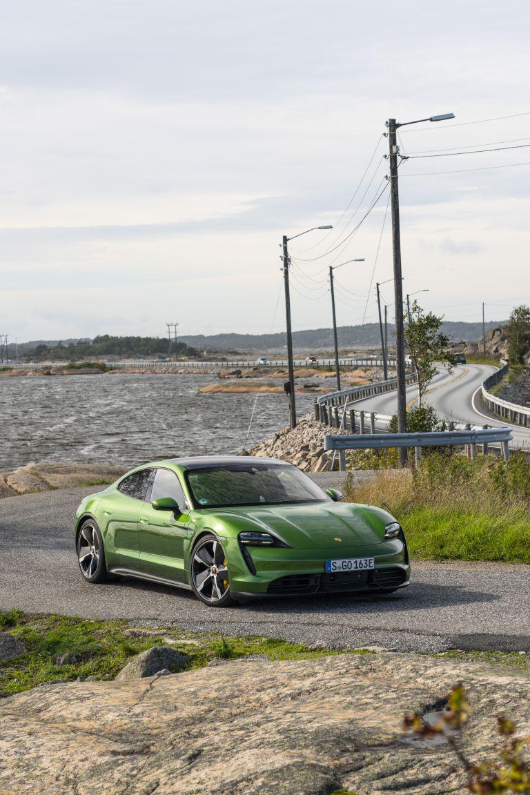 2020 Porsche Taycan turbo S 563407
