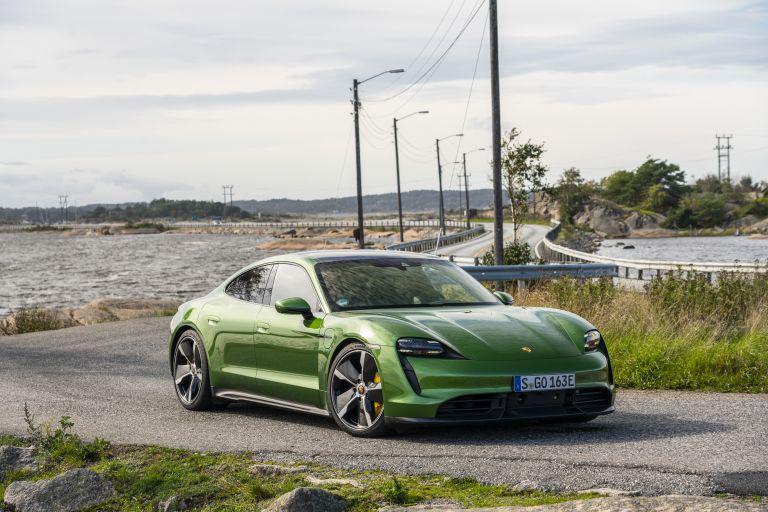 2020 Porsche Taycan turbo S 563409