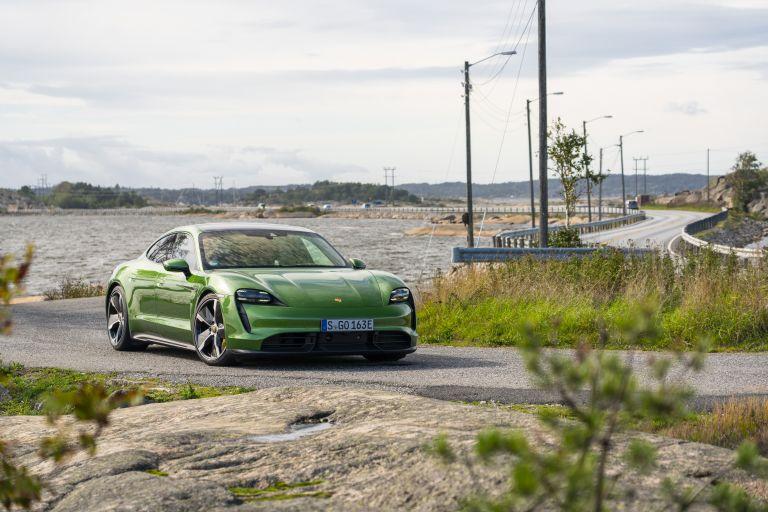 2020 Porsche Taycan turbo S 563411