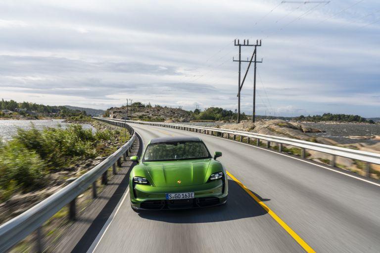 2020 Porsche Taycan turbo S 563414