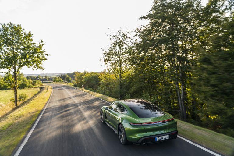 2020 Porsche Taycan turbo S 563437