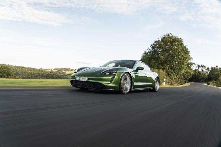 2020 Porsche Taycan turbo S 563443
