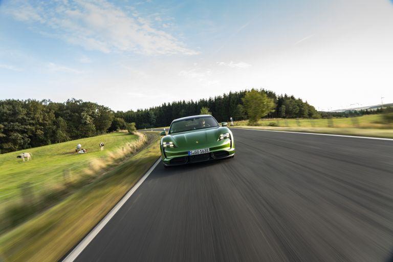 2020 Porsche Taycan turbo S 563444