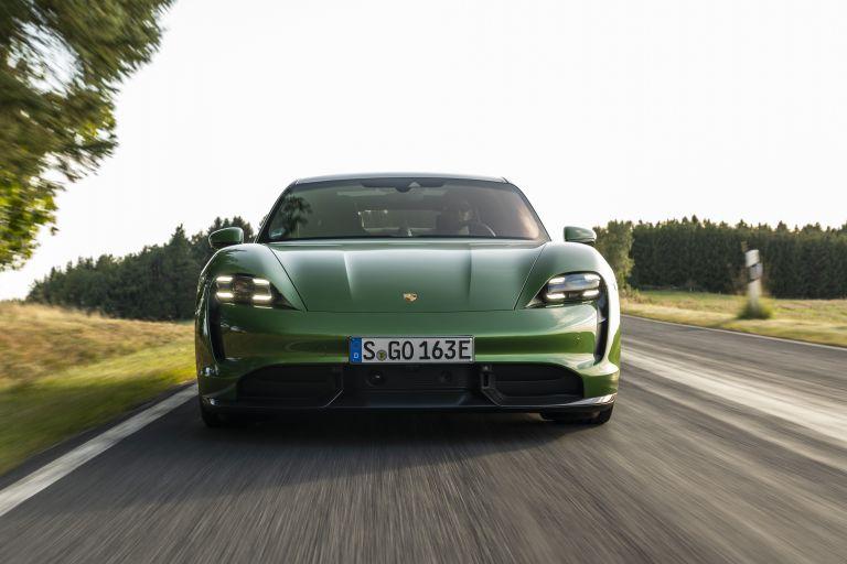 2020 Porsche Taycan turbo S 563445