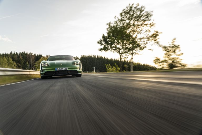 2020 Porsche Taycan turbo S 563447