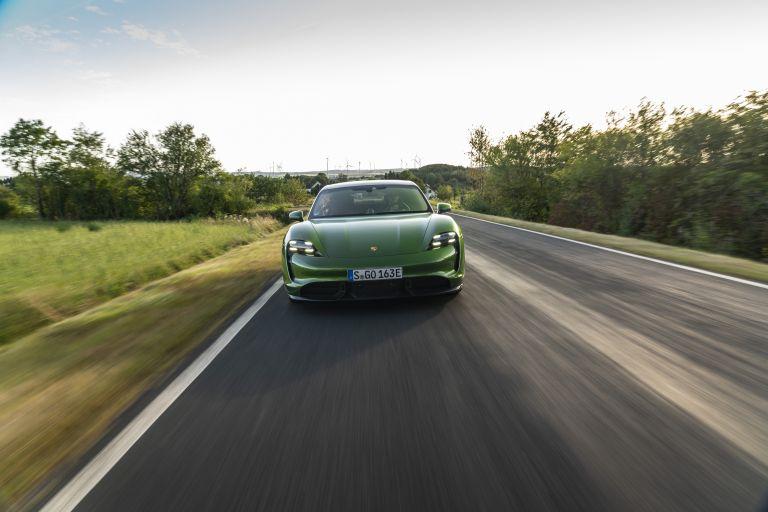 2020 Porsche Taycan turbo S 563449