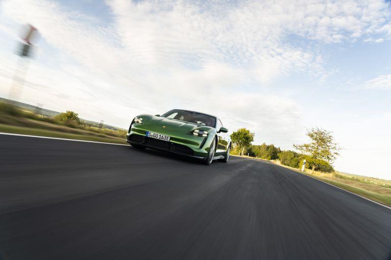 2020 Porsche Taycan turbo S 563451