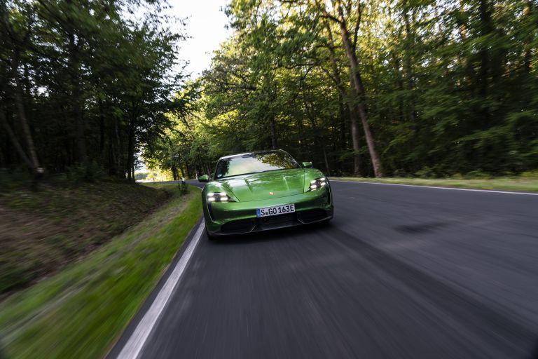 2020 Porsche Taycan turbo S 563452