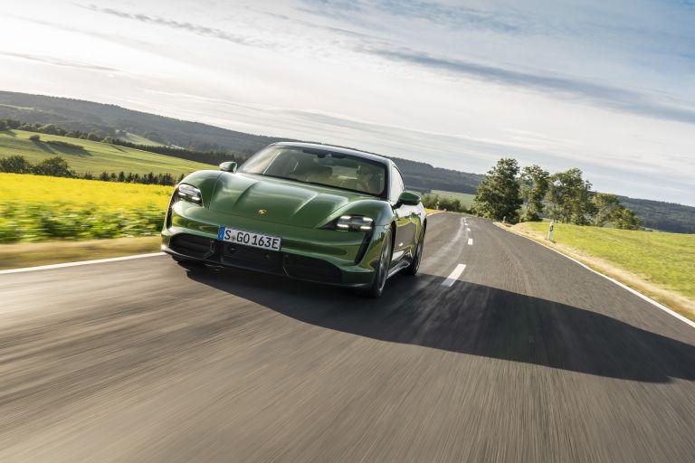 2020 Porsche Taycan turbo S 563454