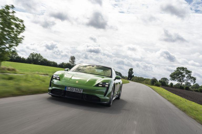 2020 Porsche Taycan turbo S 563482