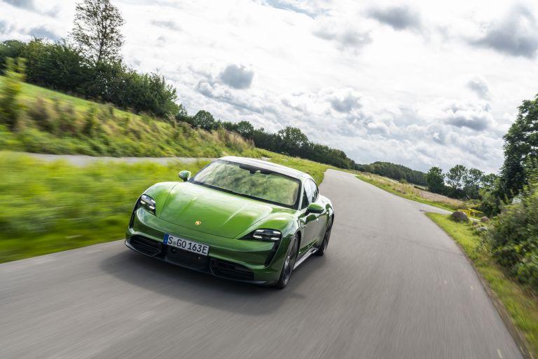 2020 Porsche Taycan turbo S 563483