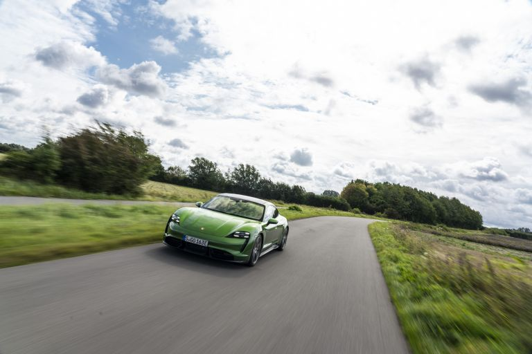 2020 Porsche Taycan turbo S 563485