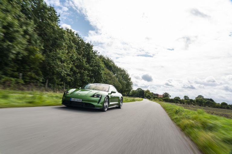 2020 Porsche Taycan turbo S 563487