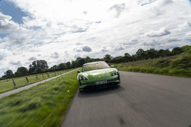 2020 Porsche Taycan turbo S 563488