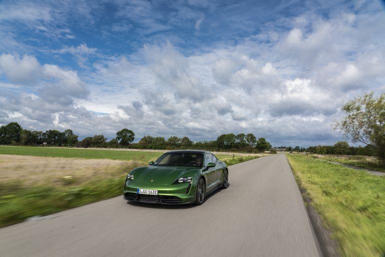 2020 Porsche Taycan turbo S 563494