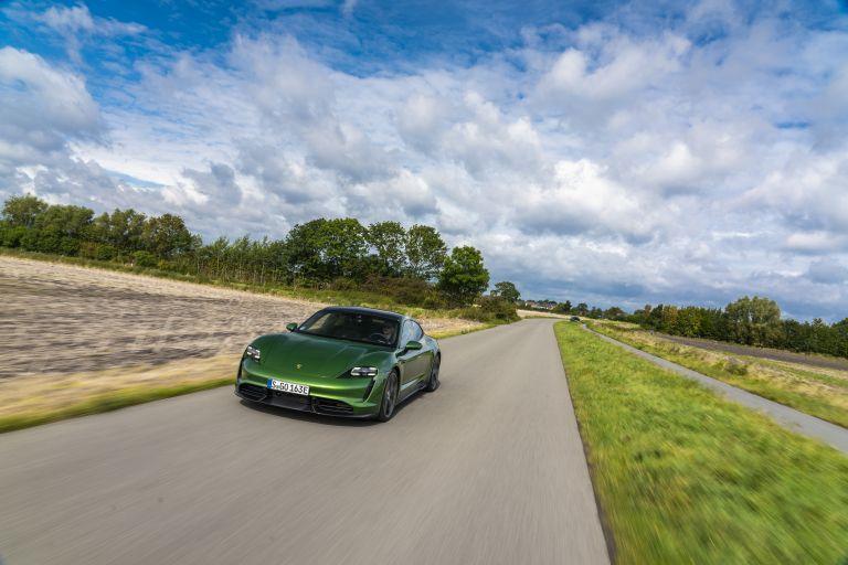 2020 Porsche Taycan turbo S 563495