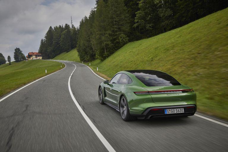 2020 Porsche Taycan turbo S 563508