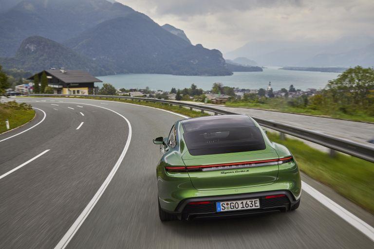 2020 Porsche Taycan turbo S 563513