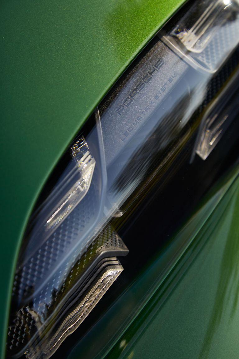 2020 Porsche Taycan turbo S 563531