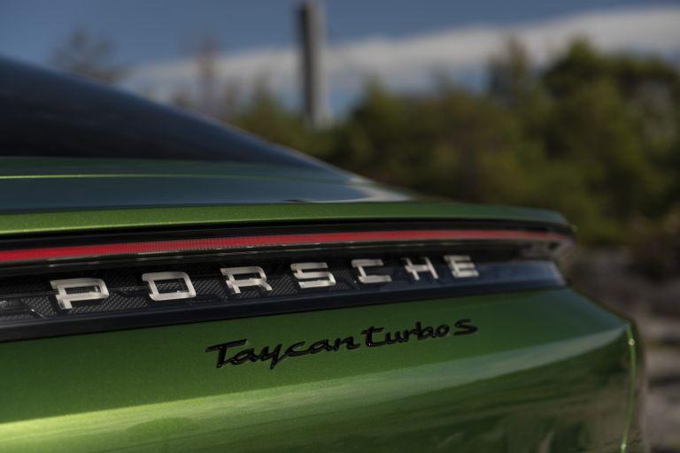 2020 Porsche Taycan turbo S 563538