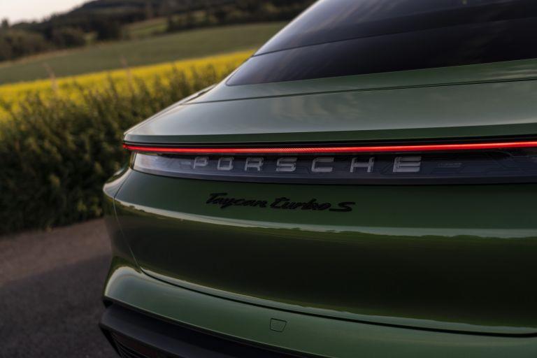 2020 Porsche Taycan turbo S 563541