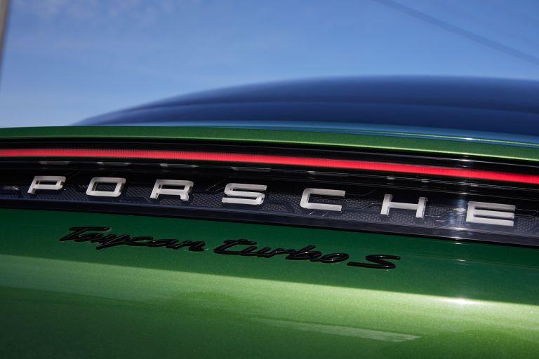 2020 Porsche Taycan turbo S 563542