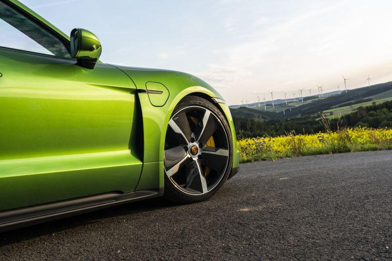 2020 Porsche Taycan turbo S 563544