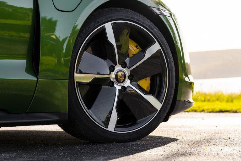 2020 Porsche Taycan turbo S 563545