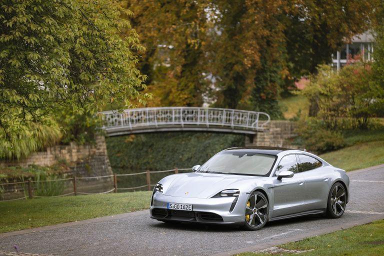 2020 Porsche Taycan turbo S 563566