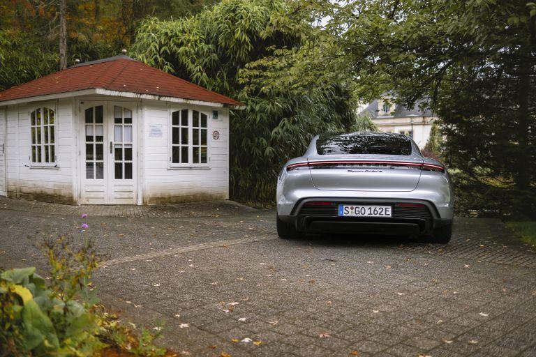 2020 Porsche Taycan turbo S 563572