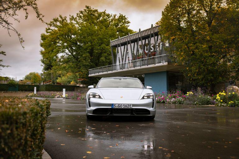 2020 Porsche Taycan turbo S 563578