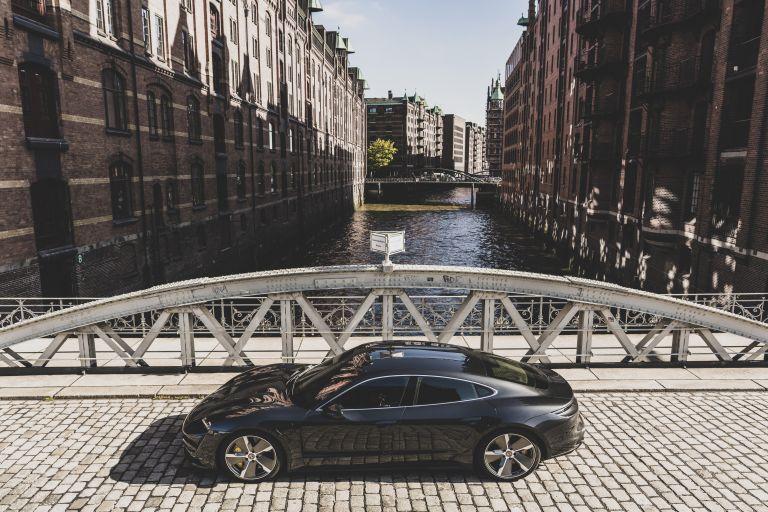 2020 Porsche Taycan turbo S 563605