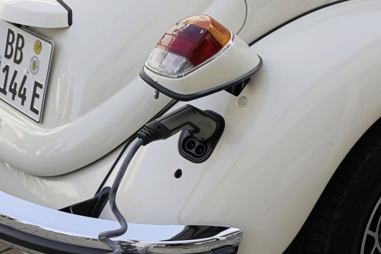 2019 Volkswagen e-Beetle concept 557835