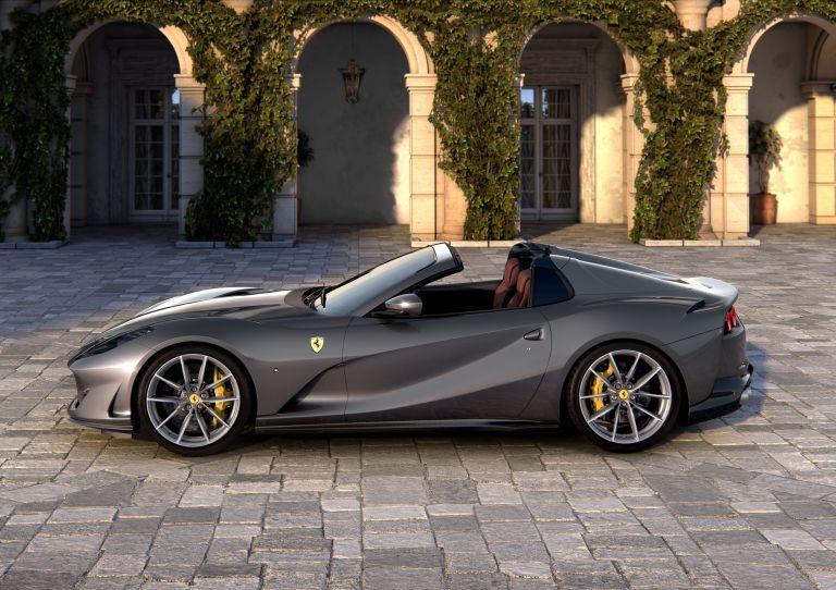 2019 Ferrari 812 GTS 558149