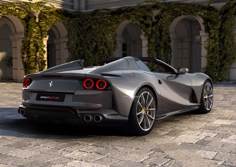 2019 Ferrari 812 GTS 558150