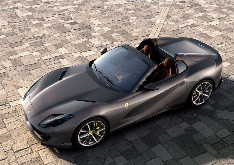 2019 Ferrari 812 GTS 558151