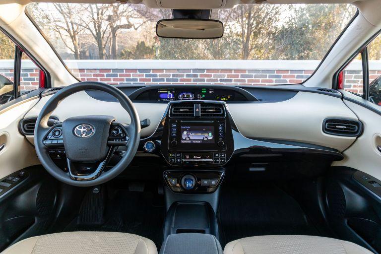 2019 Toyota Prius LE 559739