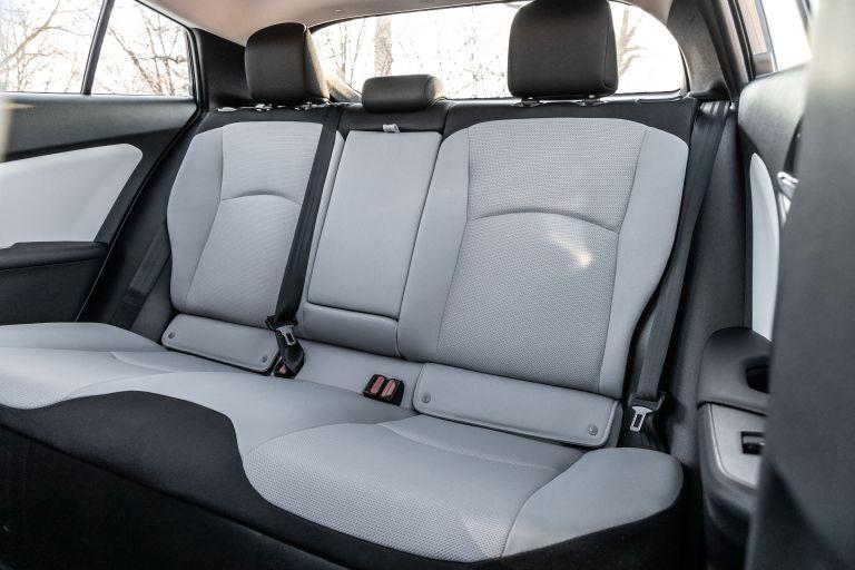 2019 Toyota Prius L Eco 559749