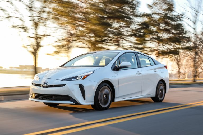 2019 Toyota Prius Limited 559750