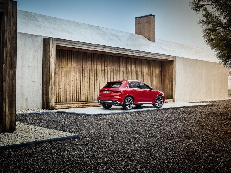 2020 Audi RS Q3 560235