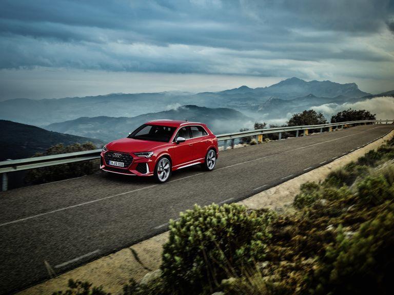 2020 Audi RS Q3 560240