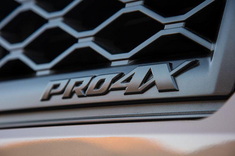 2020 Nissan Titan PRO-4X 560599