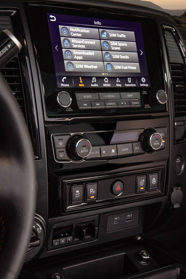 2020 Nissan Titan PRO-4X 560615